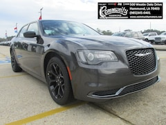 New 2020 Chrysler 300 TOURING Sedan 2C3CCAAG8LH123071 for sale in Hammond, LA at Community Motors