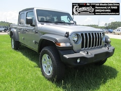 New 2020 Jeep Gladiator SPORT S 4X4 Crew Cab 1C6JJTAG0LL129901 for sale in Hammond, LA at Community Motors