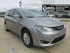 New 2019 Chrysler Pacifica TOURING PLUS Passenger Van 2C4RC1FG8KR669828 for sale in Hammond, LA at Community Motors