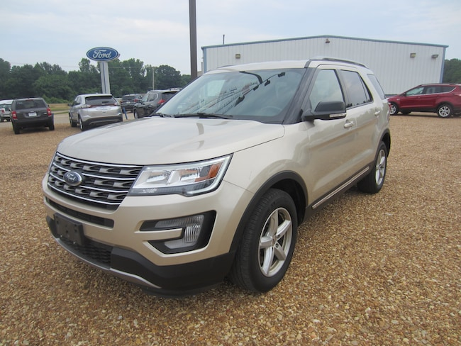 2017 Ford Explorer XLT Utility Vehicle