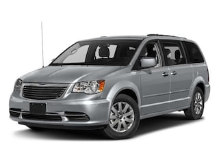 New 2016 Chrysler Town & Country Touring Wagon in Glen Mills