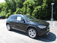 New Mercedes-Benz 2021 Mercedes-Benz GLA 250 4MATIC SUV for sale near you in Milwaukee North