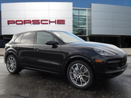 Featured new luxury vehicles 2021 Porsche Cayenne Turbo SUV for sale near you in Milwaukee, WI