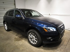 Used vehicles 2011 Audi Q5 2.0T Premium SUV for sale near you in Milwaukee, WI