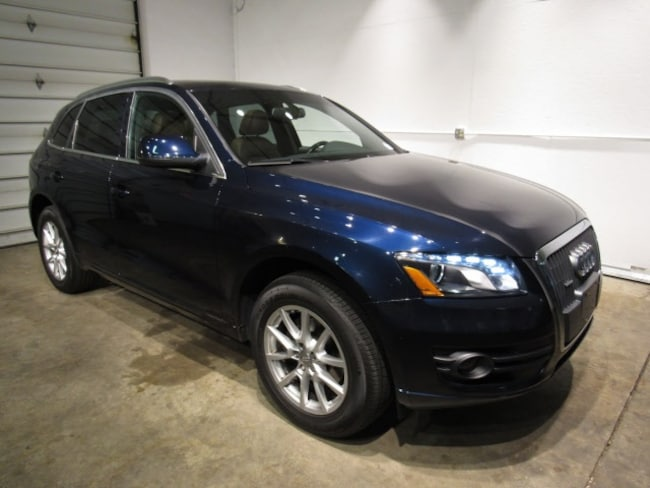 Pre-Owned luxury vehicles 2011 Audi Q5 2.0T Premium SUV for sale near you in Milwaukee, WI