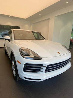 New  2020 Porsche Cayenne SUV for sale in Milwaukee, WI