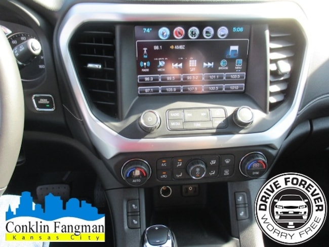 Used 2018 GMC Acadia For Sale in Hutchinson Kansas