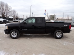 2011 Chevrolet Silverado 1500 Ext Cab 4x4 only $10900 Extended Cab