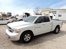 2011 Ram 1500 2 wheel drive 4.7 L very good shape Quad Cab