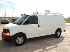 2014 Chevrolet Express 2500 Cargo with laddder rack and shelving WE lease Van Regular