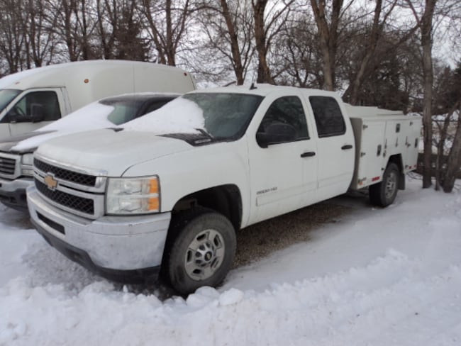 2013 Chevrolet SILVERADO 2500HD Crew Cab with service body Crew Cab