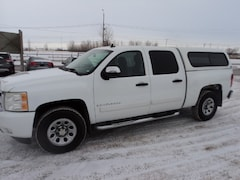 2008 Chevrolet Silverado 1500 CRew Cab 4x4 Local Truck good KMS Crew Cab