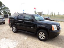 2012 GMC Yukon 9 passenger SLE loaded SUV
