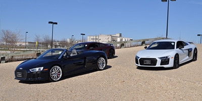 R8 V10 Spyder on Palace Blue Pearl (SOLD in IL)