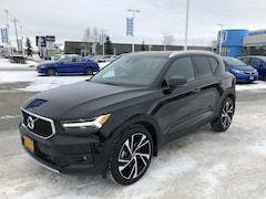 Used 2019 Volvo XC40 T5 Momentum SUV in Anchorage