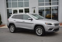 New 2019 Jeep Cherokee LATITUDE PLUS FWD Sport Utility in Conway, SC