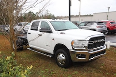 New 2020 Ram 3500 Chassis Cab 3500 TRADESMAN CREW CAB CHASSIS 4X4 60 CA Crew Cab in Conway, SC