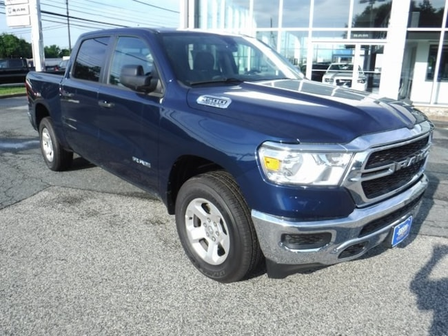 New 2019 Ram 1500 TRADESMAN CREW CAB 4X4 5'7 BOX Crew Cab Near Baltimore