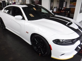 New 2019 Dodge Charger SCAT PACK RWD Sedan near Baltimore