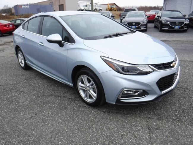 2017 Chevrolet Cruze LT Manual Sedan