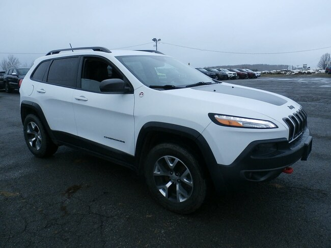Used 2015 Jeep Cherokee Trailhawk 4x4 SUV for Sale in Richfield Springs, NY
