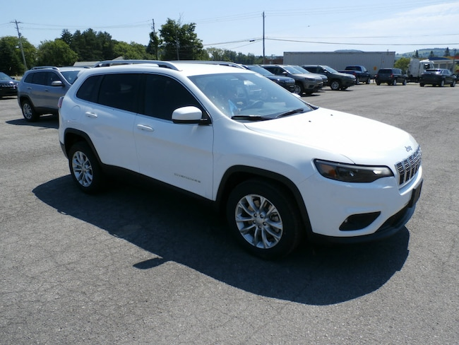 New 2019 Jeep Cherokee LATITUDE FWD Sport Utility for Sale in Richfield Springs NY