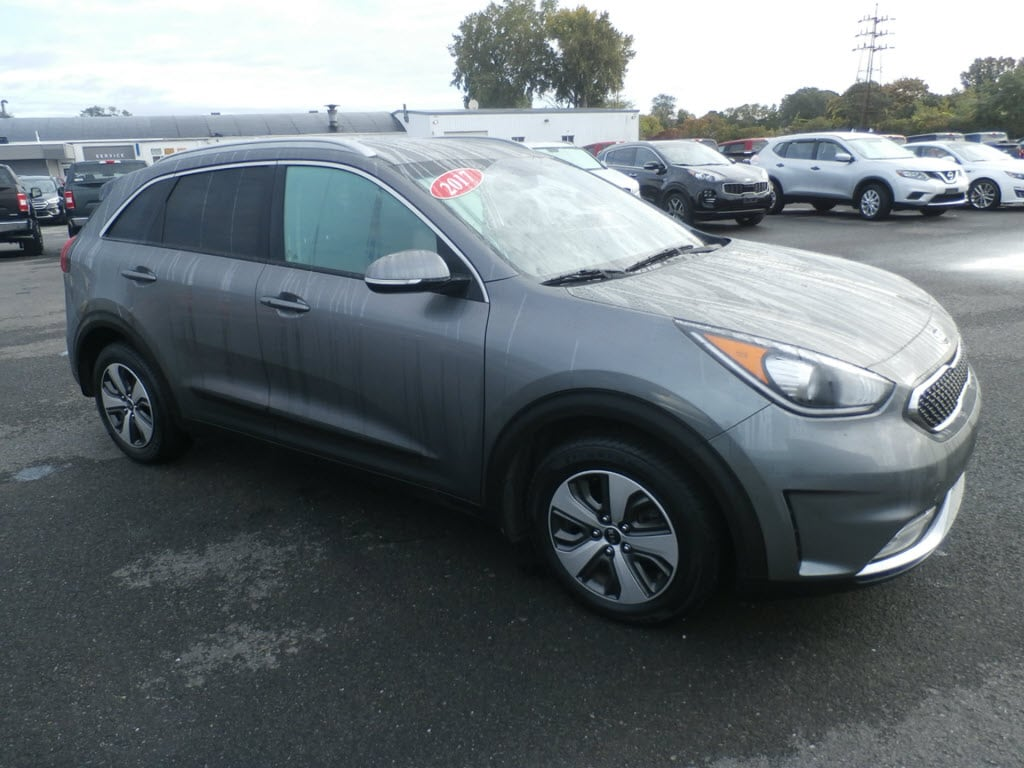 Used 2017 Kia Niro EX SUV for Sale in Yorkville, NY