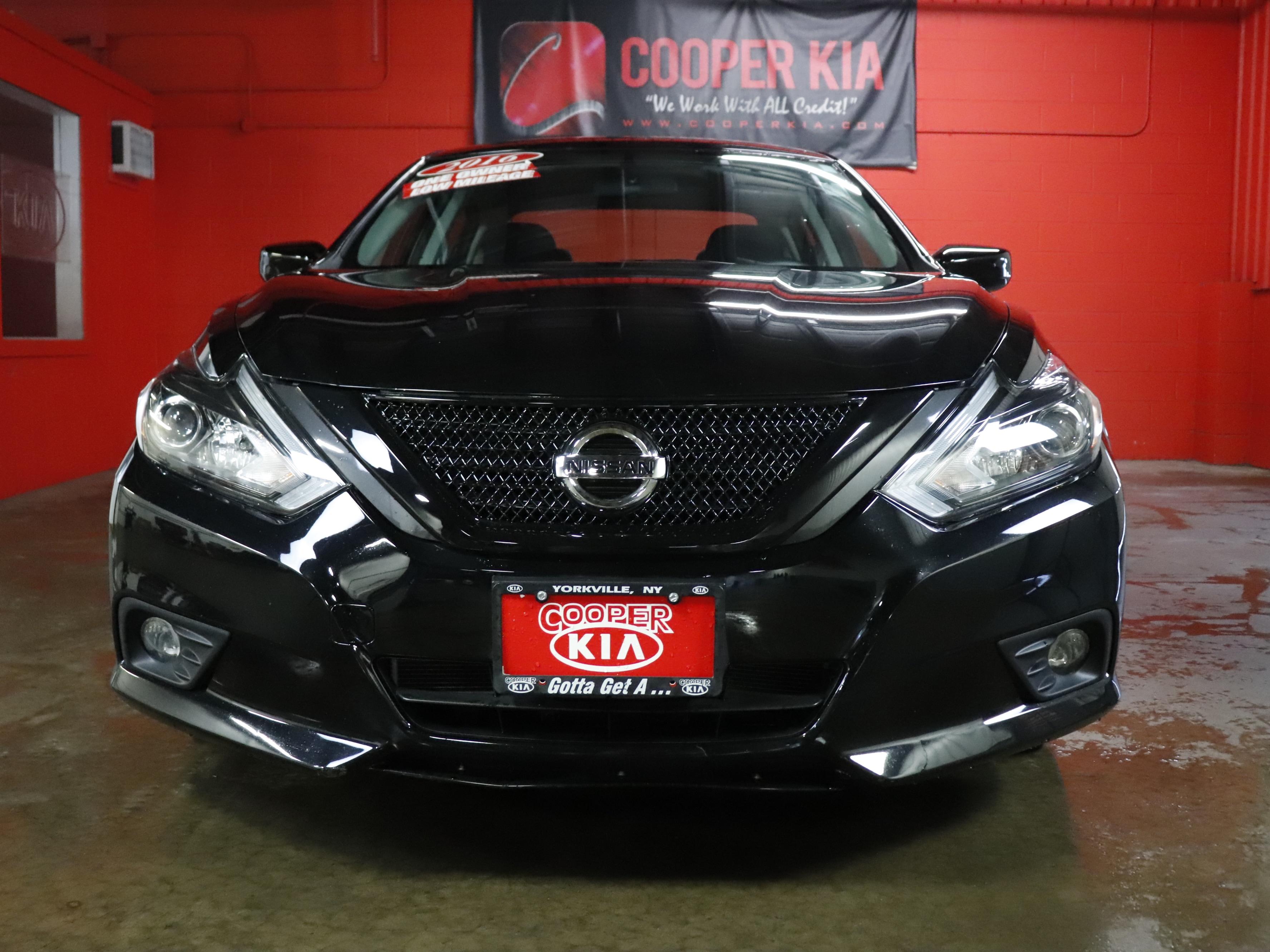 2016 Nissan Altima 3.5 SR SR 3.5 Sedan
