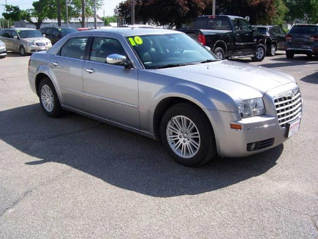 2010 Chrysler 300 Touring/Signature/Executive Series Sedan