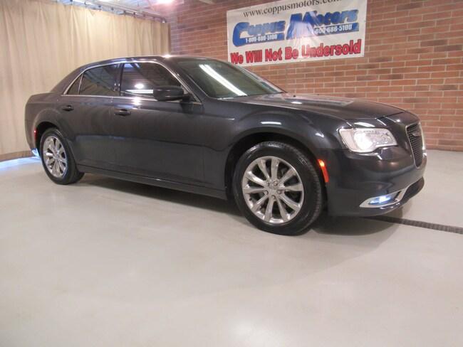 2016 Chrysler 300 Limited AWD Limited  Sedan