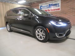 New 2018 Chrysler Pacifica Limited w/Nav Limited  Mini-Van in Tiffin, OH