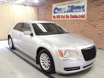2012 Chrysler 300 V6 RWD Sedan