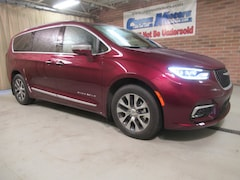 2021 Chrysler Pacifica Hybrid PINNACLE Passenger Van