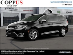 New 2020 Chrysler Pacifica LIMITED Passenger Van in Tiffin, OH