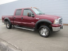 2005 Ford F-250 Super Duty Crew Cab XLT SB