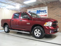 2016 Ram 1500 4X4 4x4 Express  Crew Cab 5.5 ft. SB Pickup