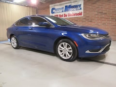 New 2016 Chrysler 200 Limited Limited  Sedan in Tiffin, OH