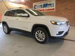 New 2019 Jeep Cherokee LATITUDE 4X4 Sport Utility in Tiffin, OH