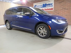 New 2018 Chrysler Pacifica LIMITED Passenger Van in Tiffin, OH