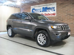 New 2017 Jeep Grand Cherokee 4X4 Laredo 4x4 Laredo E  SUV in Tiffin, OH