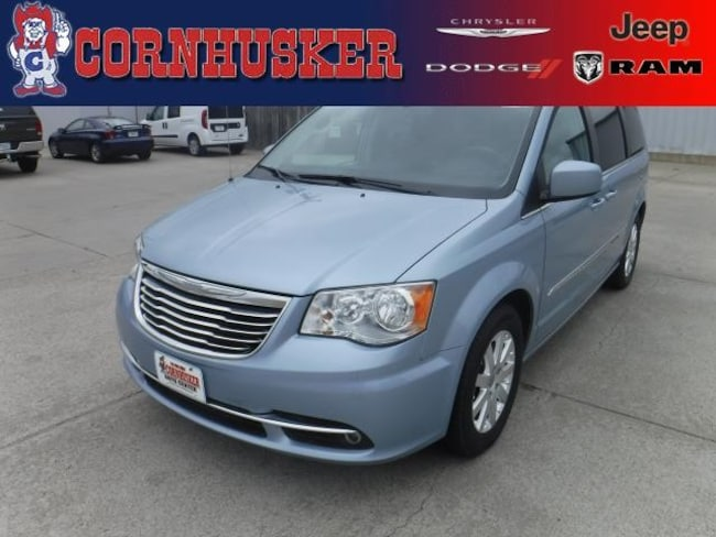 2013 CHRYSLER TOWN & COUNTRY Touring Van - Mini