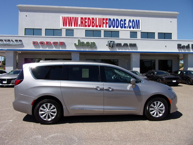 Used 2017 Chrysler Pacifica Touring L Van In Red Bluff Near Chico