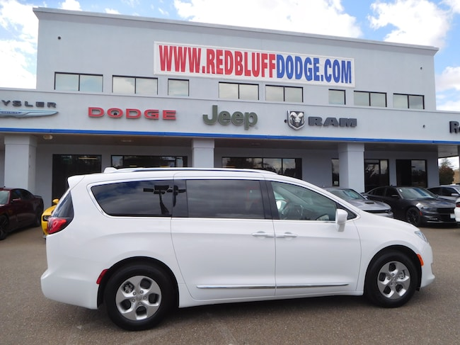 New 2018 Chrysler Pacifica Hybrid TOURING L Passenger Van for sale in Red Bluff at Red Bluff Dodge Chrysler Jeep Ram