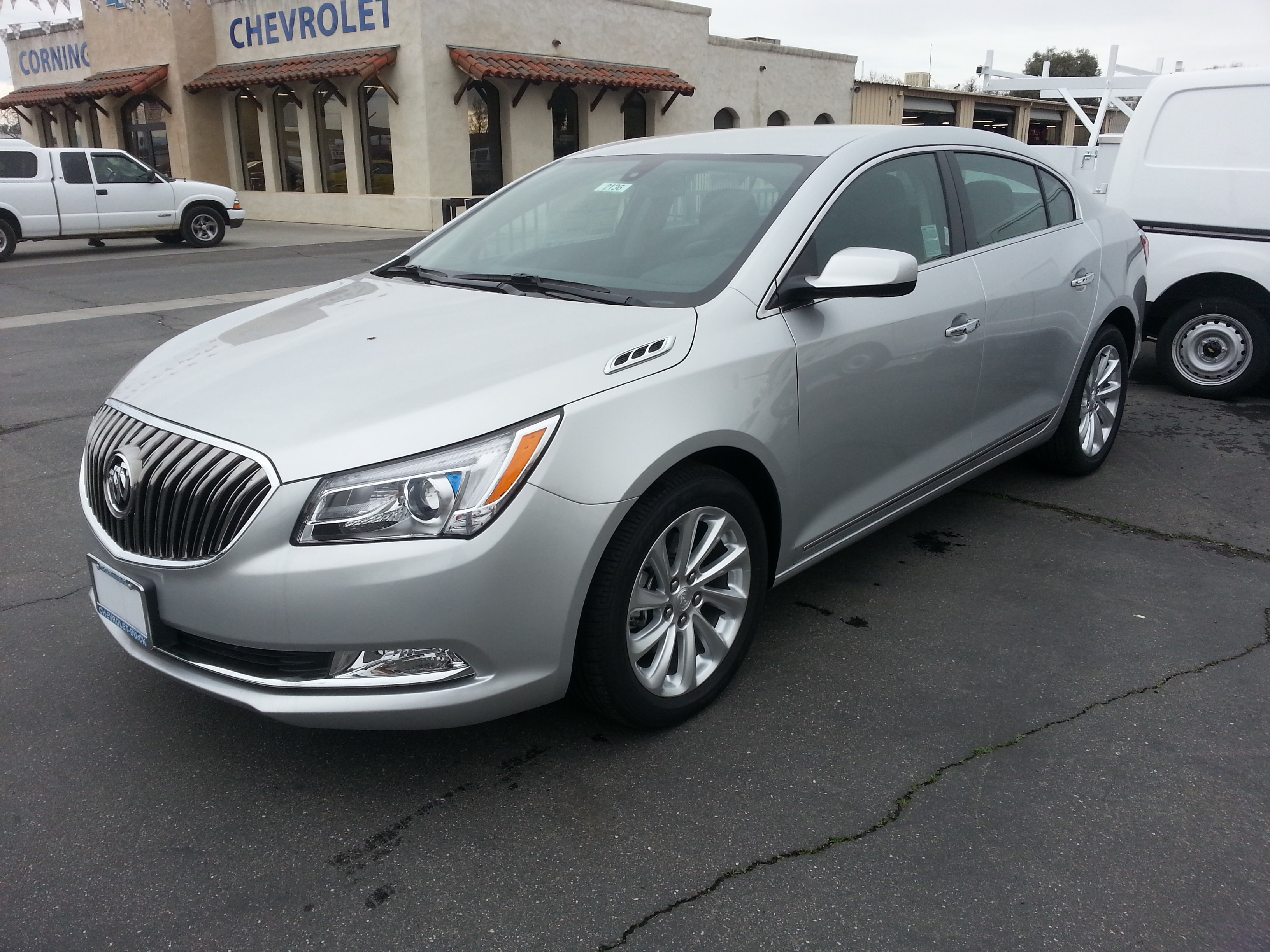2016 Buick LaCrosse Base Sedan