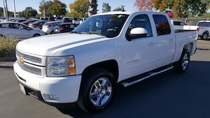 2013 Chevrolet 1500 LTZ Pickup 4D 5 3/4 ft