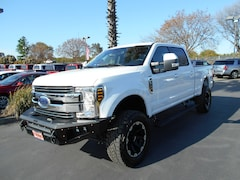New 2019 Ford F-350  Lariat Crew Cab 6 1/2 bed for Sale in Corning, CA