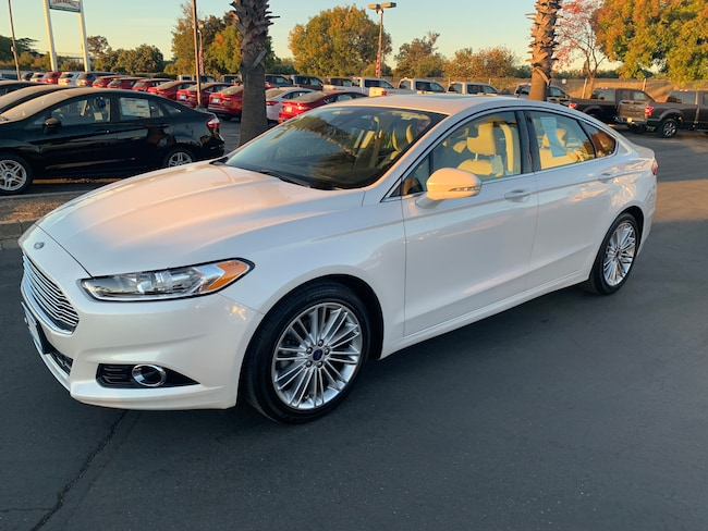 Used 2016 Ford Fusion SE Sedan Corning
