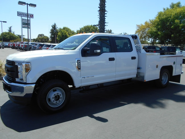 New 2019 Ford F-350 XL Chassis Corning