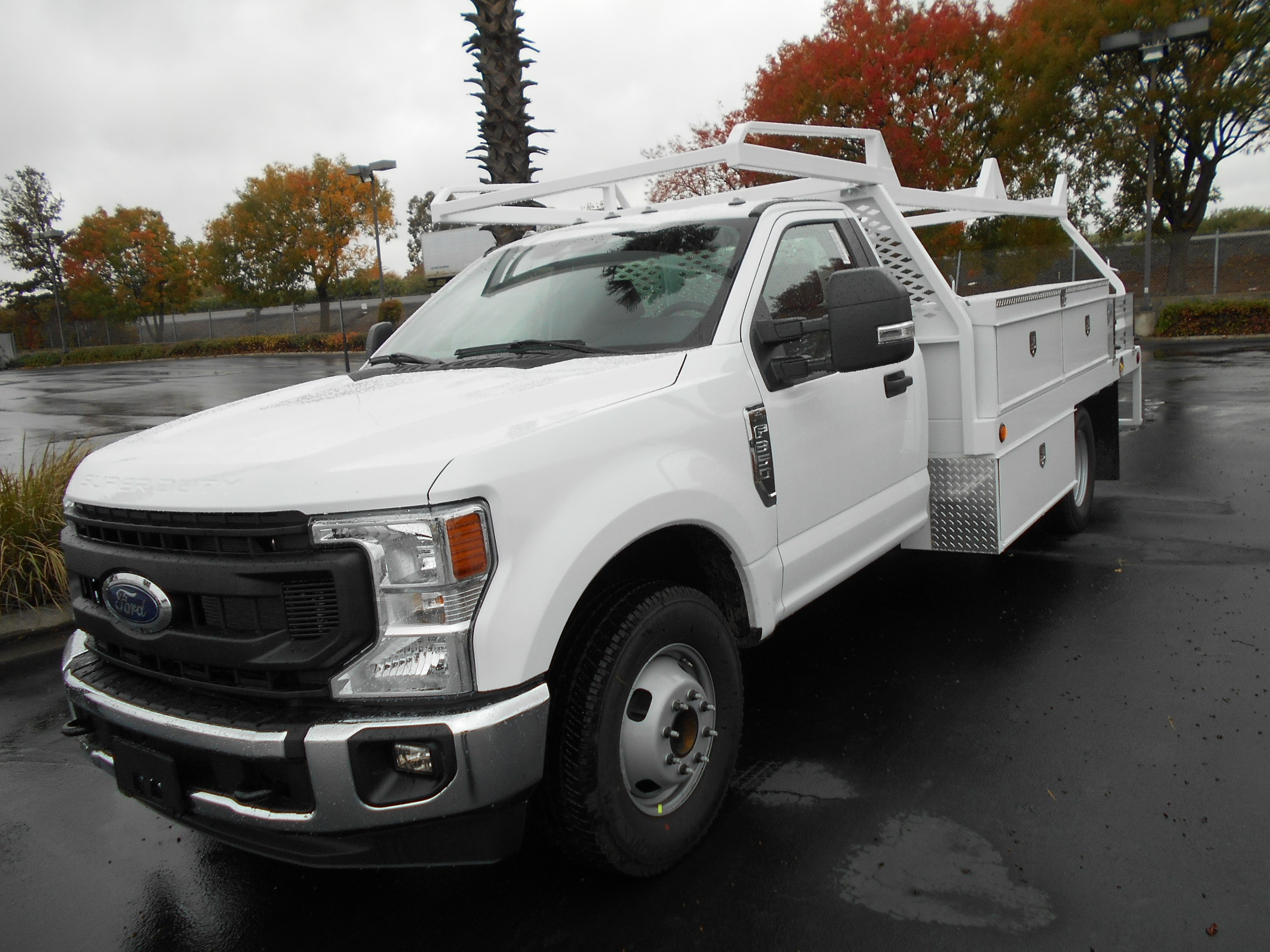 2022 Ford F-350 Chassis Truck Regular Cab