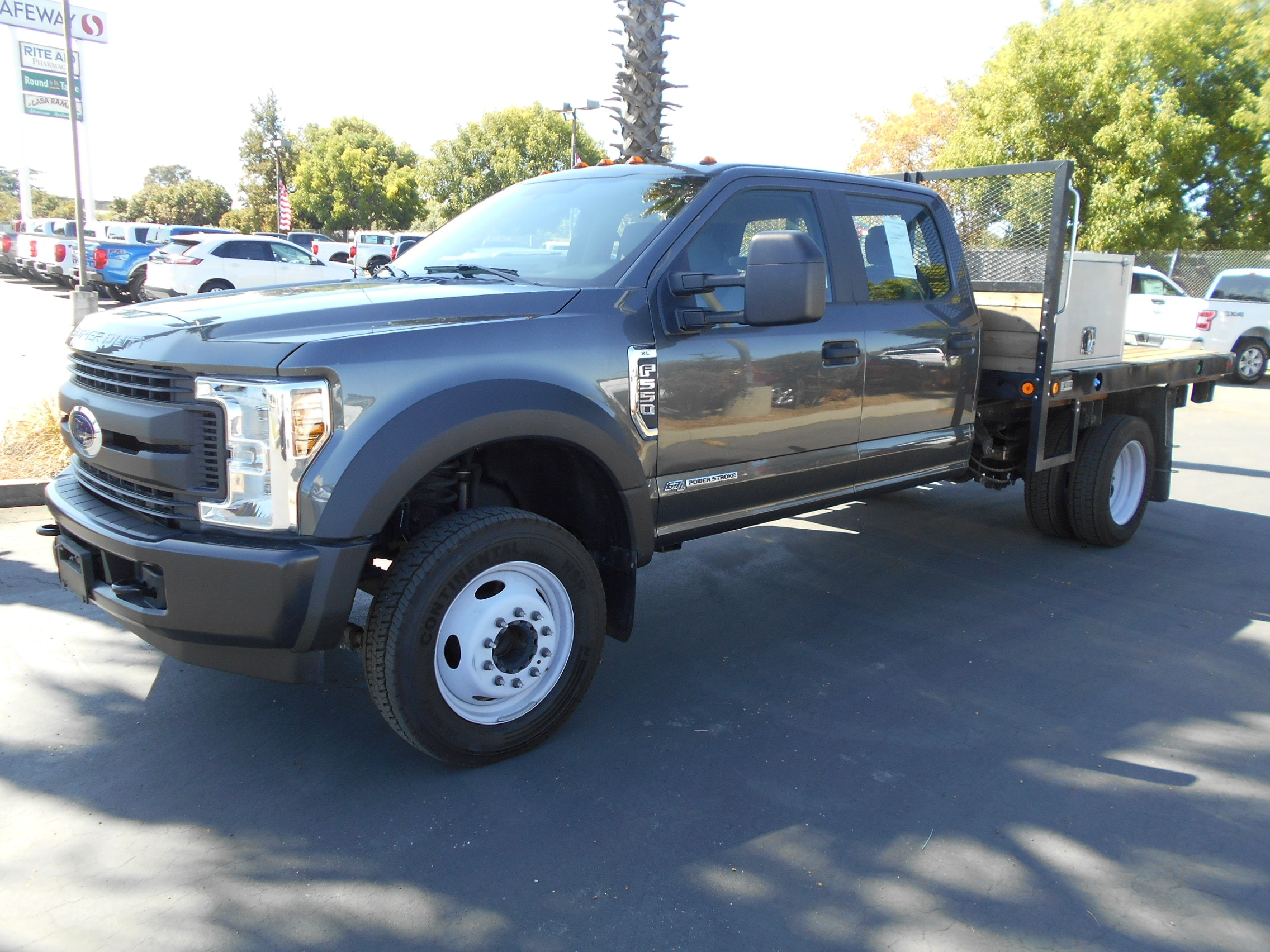 2018 Ford F550 XL Crew Cab Chassis